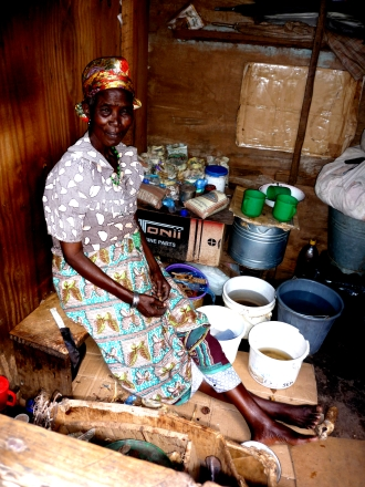 Medicina local, esta é a doutora africana