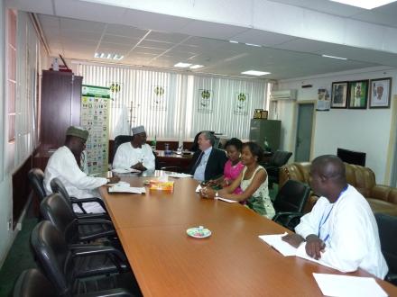 Reunião com as equipes do INEC e do PNUD