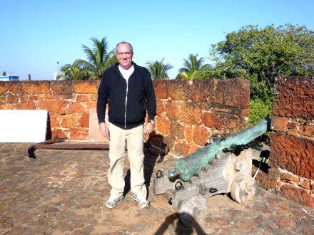 Paulo na Fortaleza de Maputo